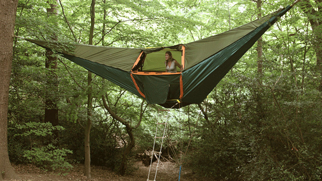 The Tentsile Stingray is listed as a 3-person floating u201ctree tentu201d and is the only 3+ person hammock-style shelter on the market. & Tentsile Stingray Tree Tent Review - The Ultimate Hang