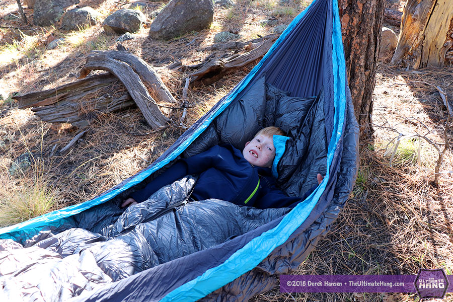 ★ Review -- Gear Hackers Evolution Insulated Hammock